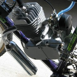 Engine Assembly with chrome exhaust