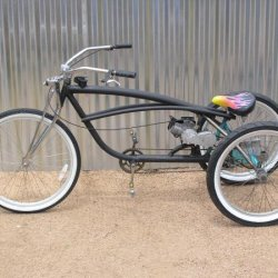Gas tank in frame trike