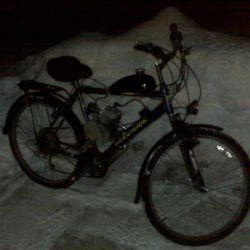 what she looked like when I got done building it for the winter,  Plantbike fenders, supercycle jell seat, innova studded tires, avaia brakes, ch80 mo