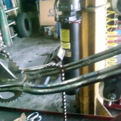 Photo1234 renforced rear frame(double tube)