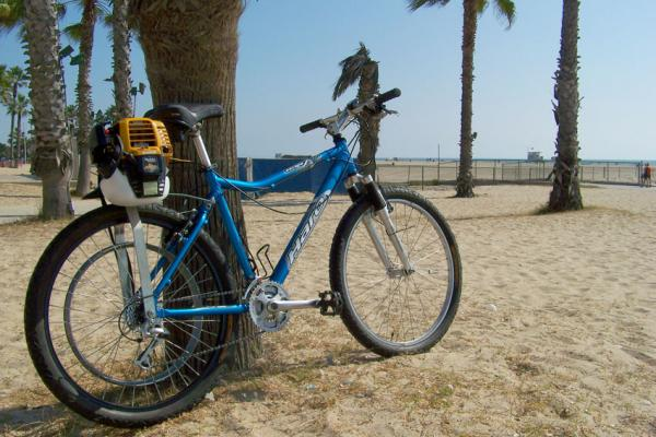 Cruising with the belt tied off along the Santa Monica bike path.